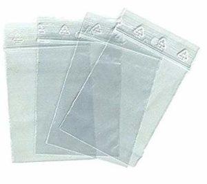 Lot 100 sachets à fermeture zip format 70×100 mm (7×10 cm) pochettes qualité alimentaire, prélèvement, aux normes européennes de production plastique – 50 microns