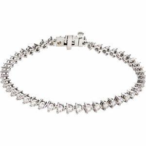 Magnifique bracelet avec diamants de 4 3/4 carats.