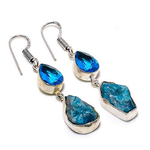 Boucles d'oreilles créateur en Apatite rugueuse, topaze bleue faite à la main – 2,17″