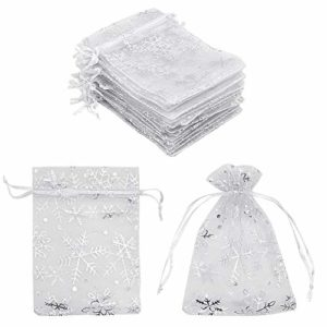 100 sacs cadeaux en organza avec flocon de neige blanc 10 x 15 cm, petits sacs à bijoux en maille blanche petits sacs à dragées pour Noël